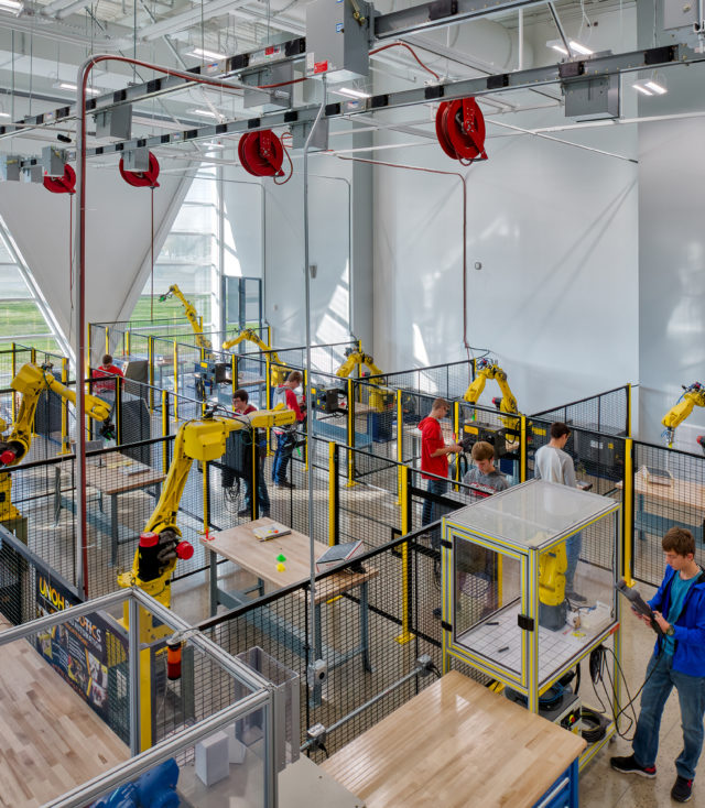Douglas Rich, AIA Discusses Robotics Lab Design
